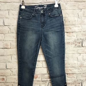 Seven 7 blue mid rise skinny jeans size 4